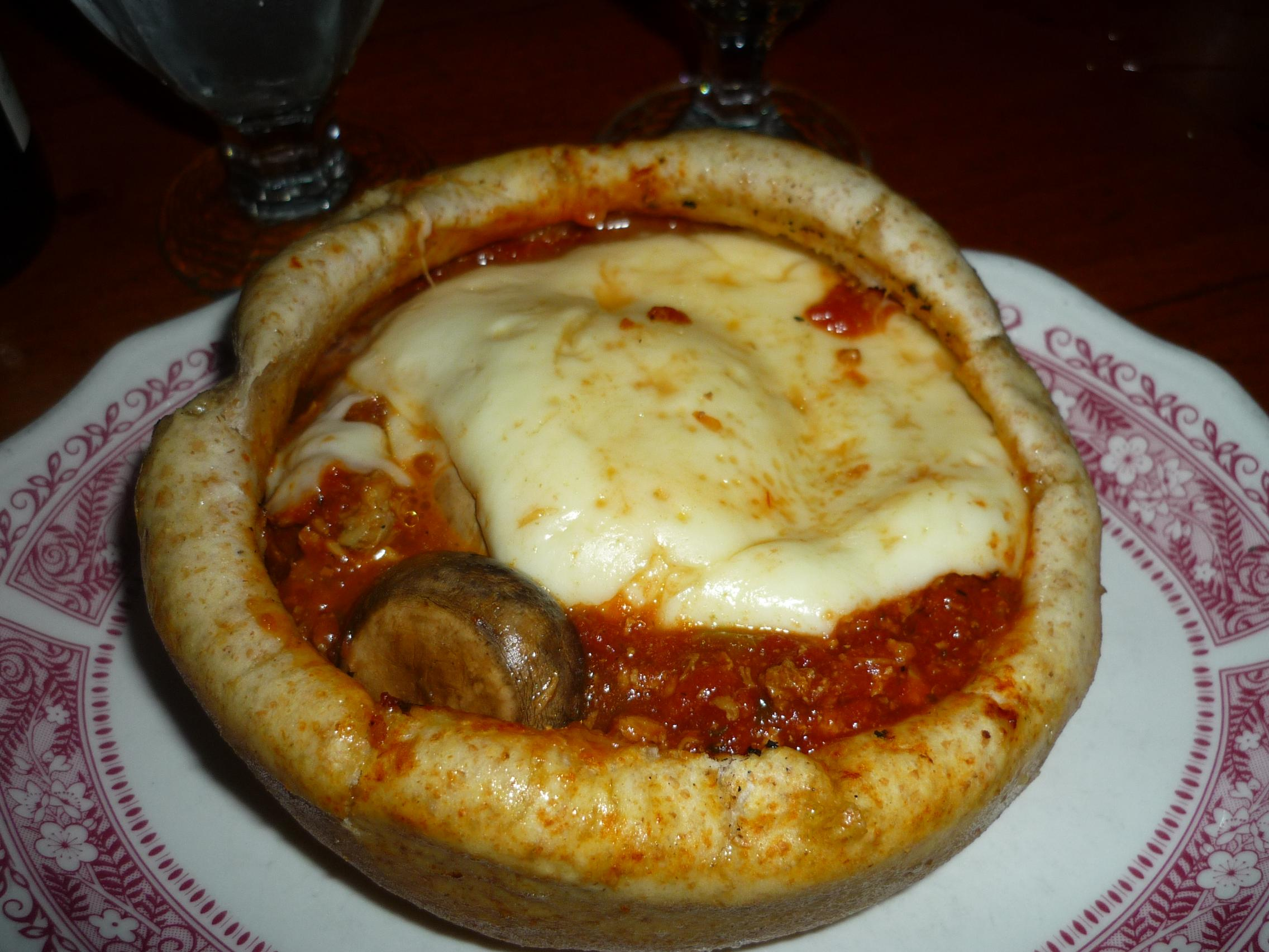 Chicago Pizza and Oven Grinder Company | Roadfood