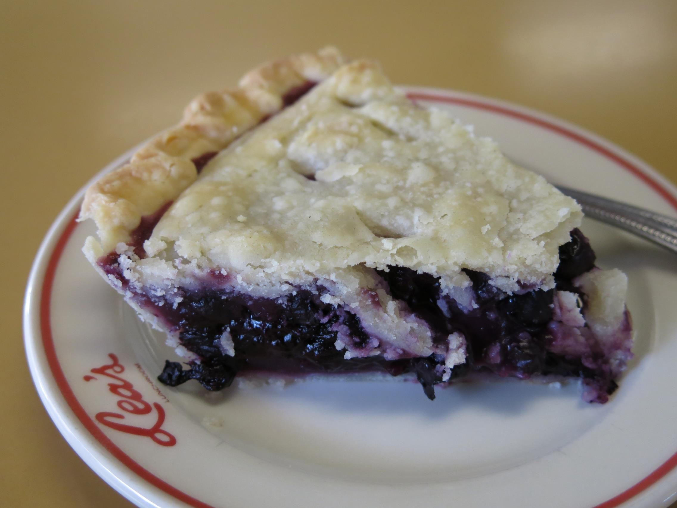 Lea's Lunch House, Blueberry Pie